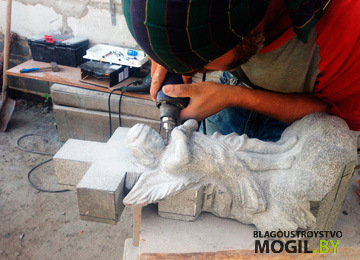 изготовление памятника в Минске по низкой цене